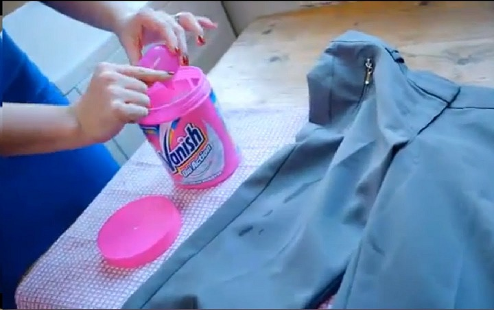 using vanish to remove oil stains from clothes